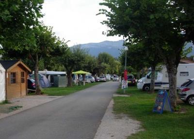 Camping Le Solitaire Du Lac, Saint Jorioz