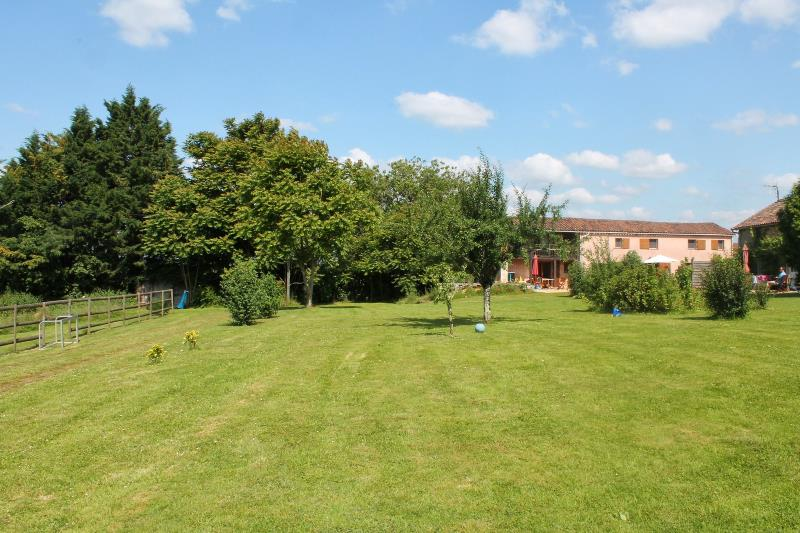 Camping Domaine Le Bost, Thiviers