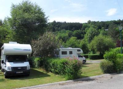 Camping Le Moulin De Serre, Singles