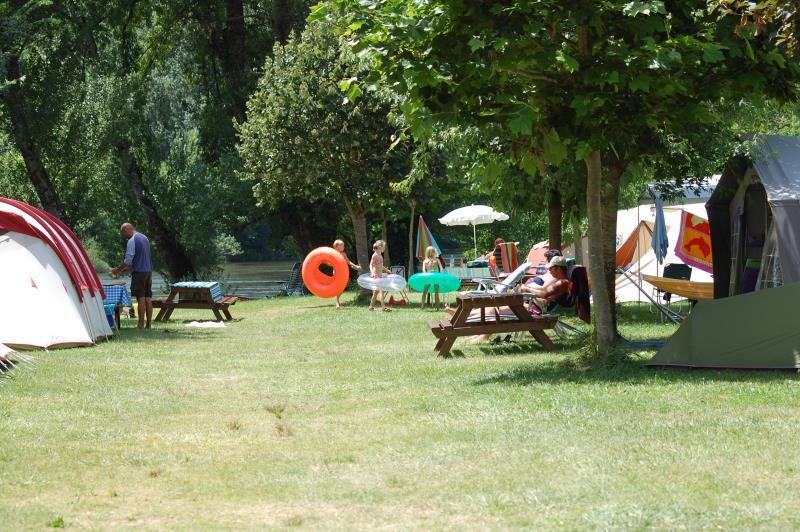 Camping Le Coursavy, Cassaniouze
