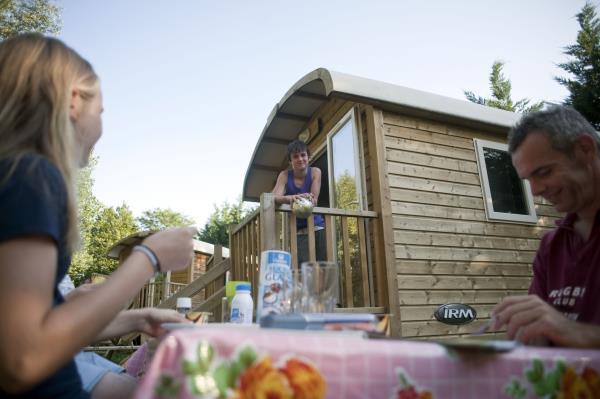 Camping De Lyon, Dardilly