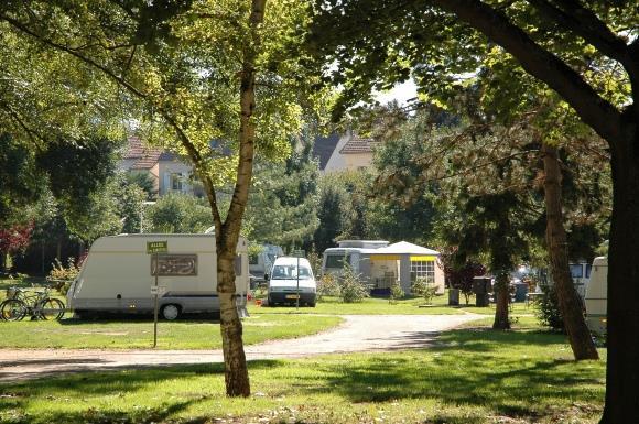 Camping Municipal D'Auxerre, Auxerre