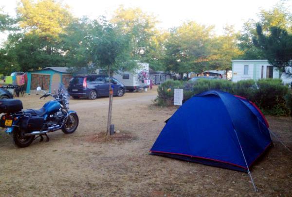 Aire Naturelle De Camping Les Roux, Sainte Croix du Verdon