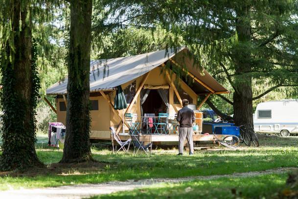 Camping Etang de Fouché, Arnay Le Duc