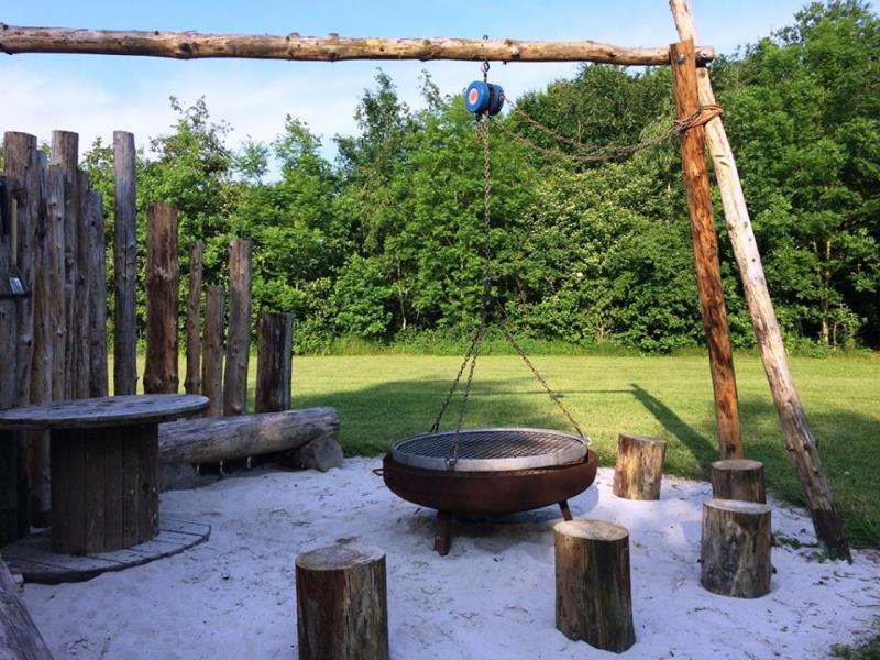 Camping Torenvalk, Grashoek