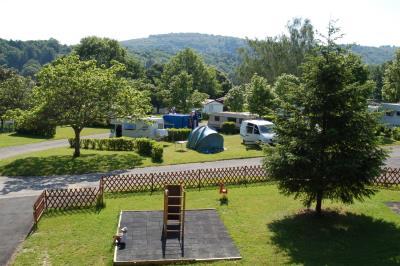 Camping L'Ecrin Nature, Ambazac