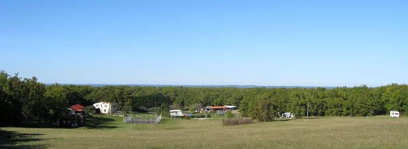 Domaine Naturiste Le Clos Barrat, Serignac