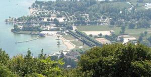 Camping De L'Isle Aux Cygnes, Le Bourget Du Lac