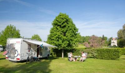 Camping Le Chateau De Poinsouze, Boussac Bourg